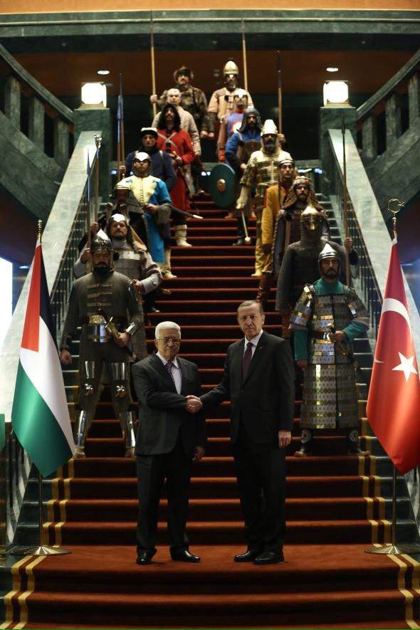 Today's political meme in Turkey: Erdoğan posing in his Palace with 16 ancient Turkish soldier cosplays